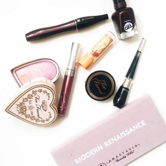 Fall makeup letsbegorgeousfallautumnautumnmakeupautumnlookinstadailyinstamakeupinstafallanastasiabeverlyhillstoofacedmaybellinemaybellineromanialancomelancomegrandiosesallyhansencolourpopcolourpopcosmeticsbbloggersrobeautbloggerbloggerconstantean Citeste mai mult