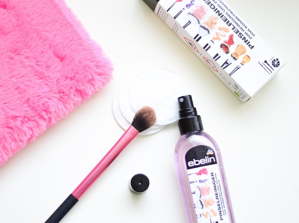 spray-pentru-curatarea-pensulelor-produse-dm-ebelin-2