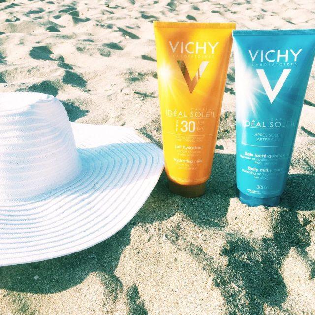 Sand sea and SPF  vichyromania letsbegorgeous lbgblogvichysunsunprotectionspffbbloggerinstadailysummerinfluencerblogosferaconstanteanaconstantamareaneagrablackseasandseabeachbeachlifebeachdaybeachtimesummer2016hatbbloggersrostylebeautybloggerbloggerconstantean Citeste maihellip