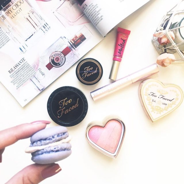 Free time enjoy some macarons and play with my favoritehellip